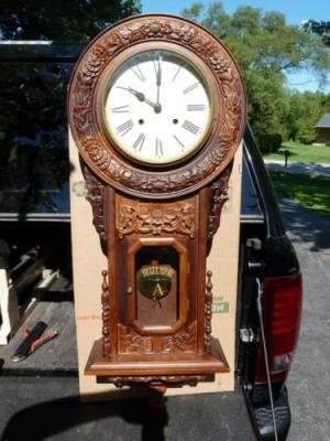 Антикварные настенные часы-регулятор