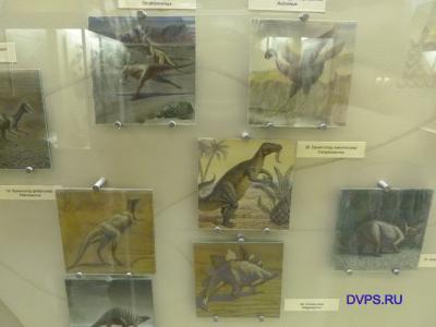 Орнитопод фаброзавр Fabrosaurus, Орнитопод камптозавр Camptosaurus, Стегозавр Stegosaurus и другие представители Юрского периода